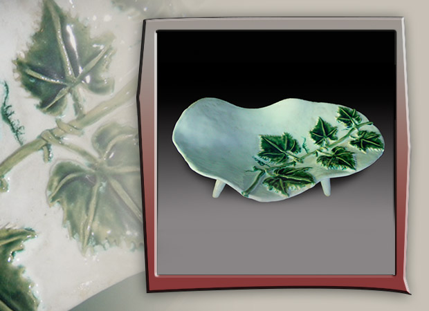 ceramic platter with ivy design