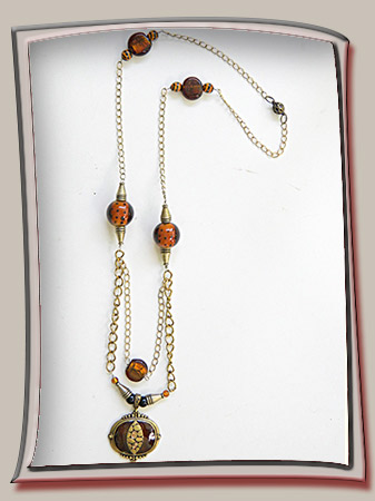 Animal Skin Enamel Pendant Necklace with Amber Beads